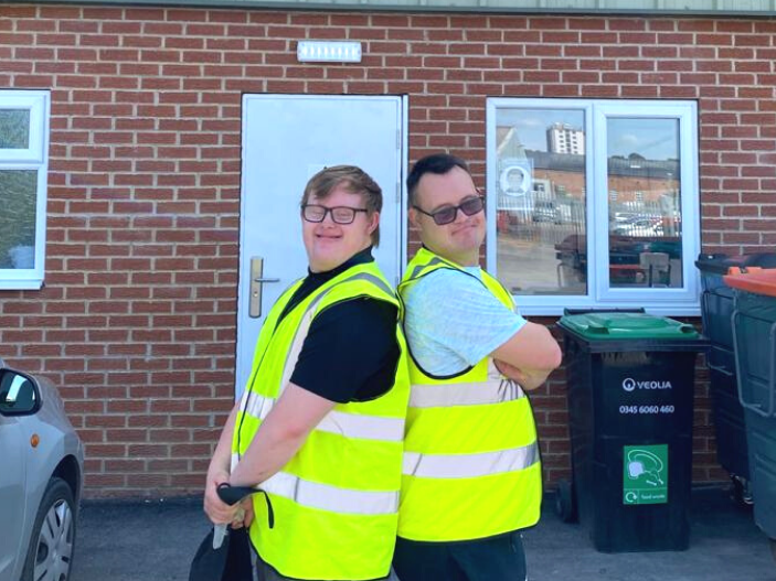 Special Volunteers Support our FareShare Lincoln Food Hub